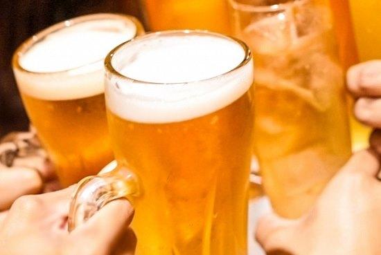 お酒ビールの画像